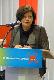 Angela Bonn eröffnet die Beamtenpolitische Konferenz 2015